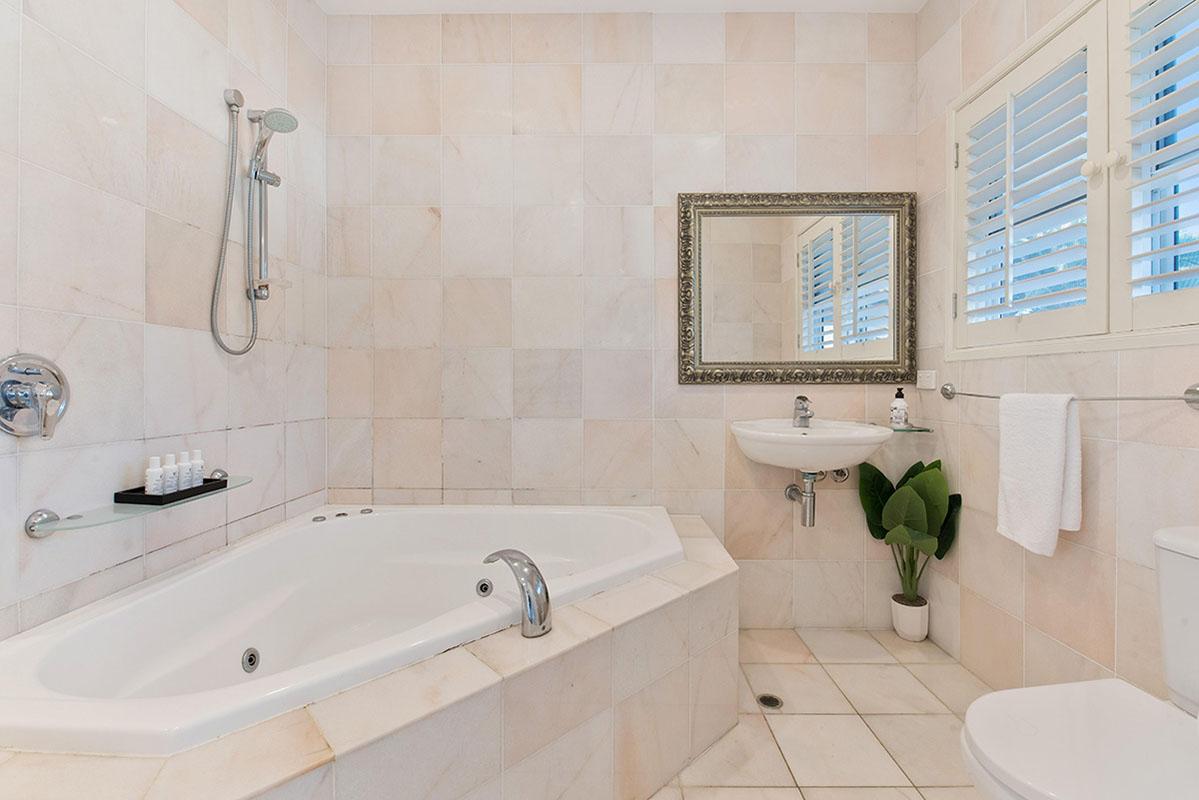 fürdőszoba fali csempe